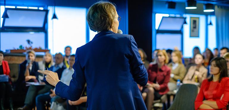 liderazgo-femenino-difusión
